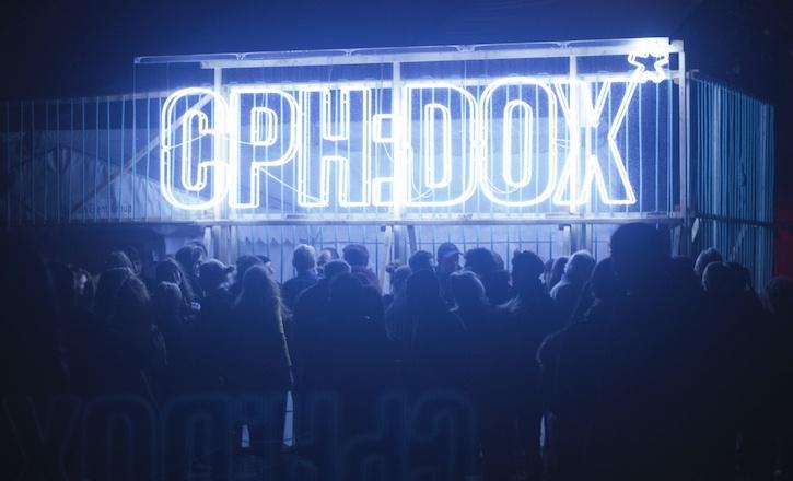 CPH:DOX sign